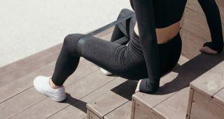 Efektivní trénink venku s použitím odporových gum